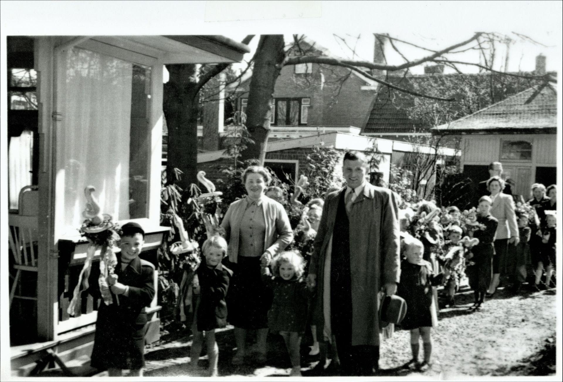 De geschiedenis van Delden in Beeld - Palmpasen in Delden in 1954