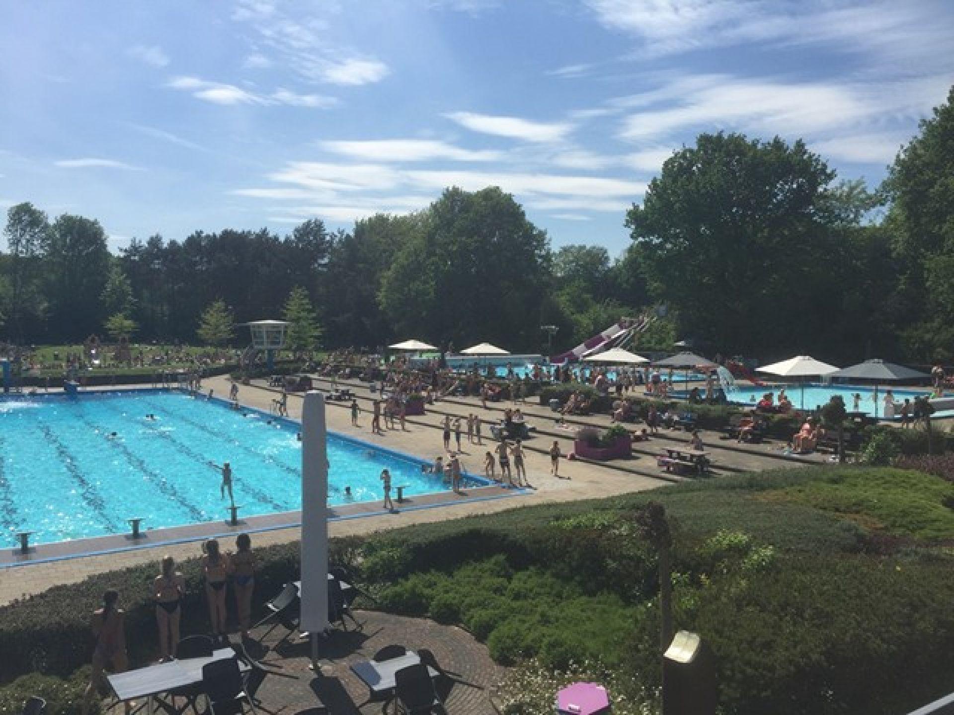 Zwembad Delden noteert eerste topdag