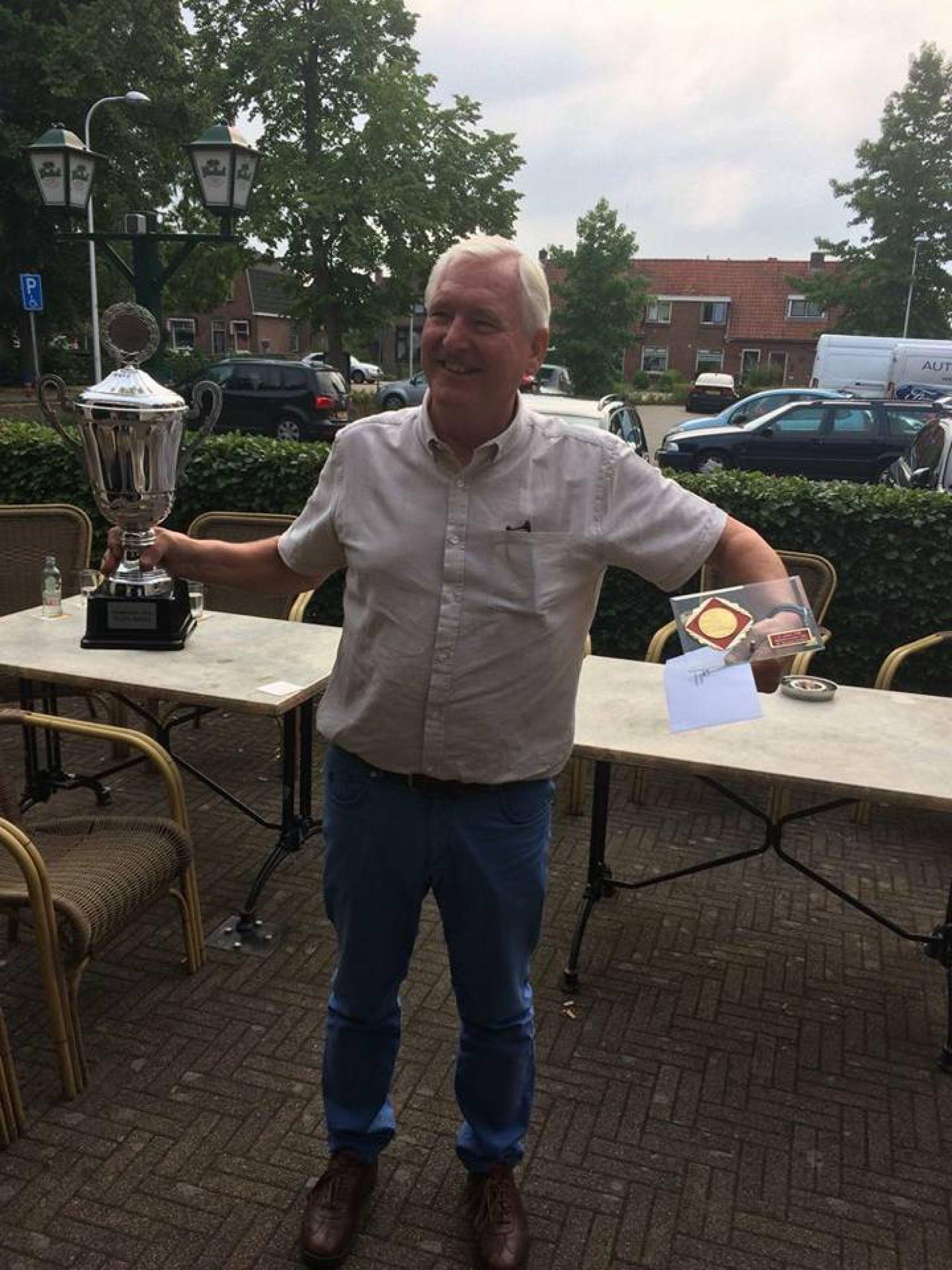 Willem Dijkstra en Paul Holtkamp winnen Delden Open biljarttoernooi