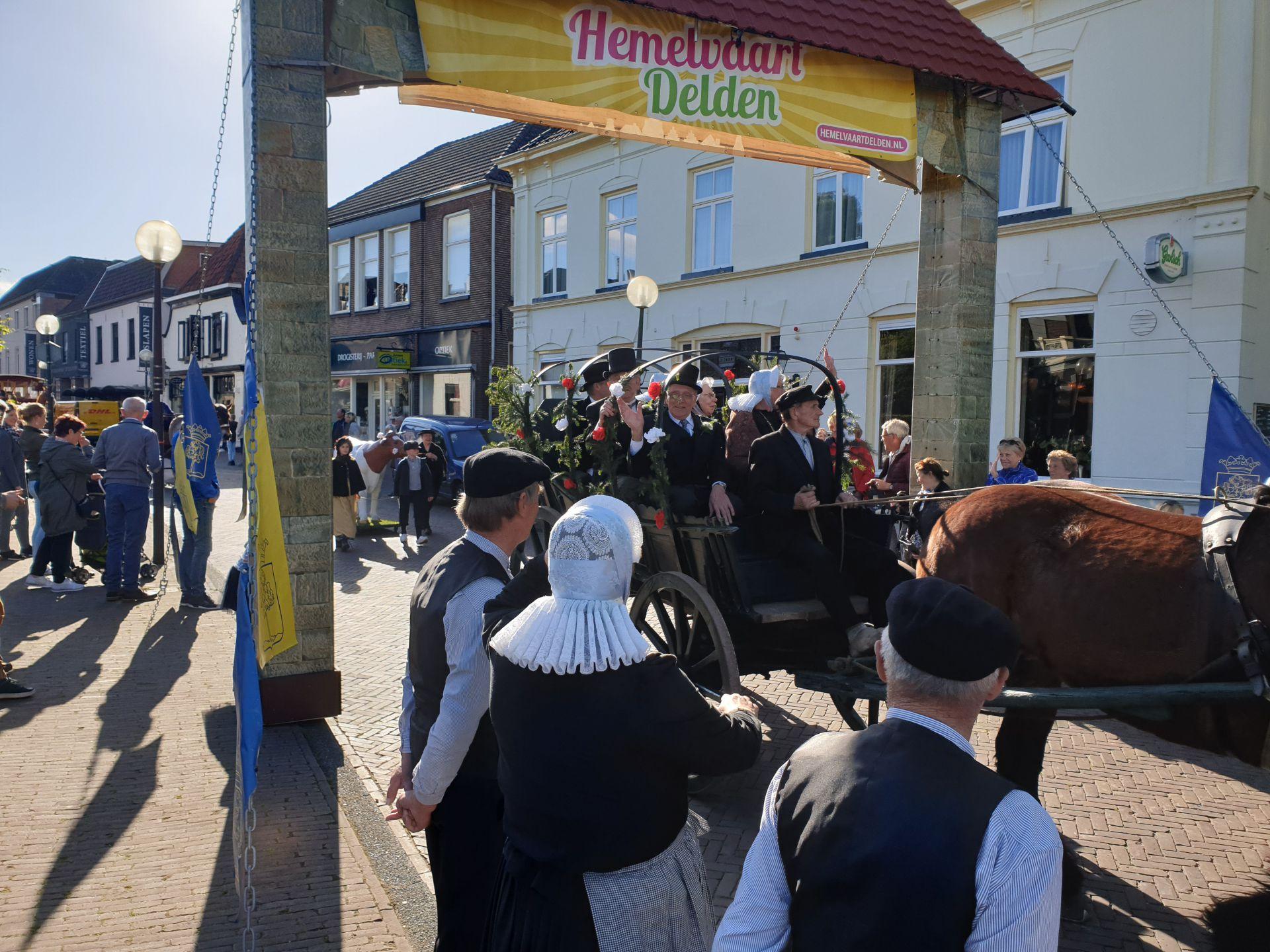 Groot feest bij 'Boer'n Brulft' Wendezoele