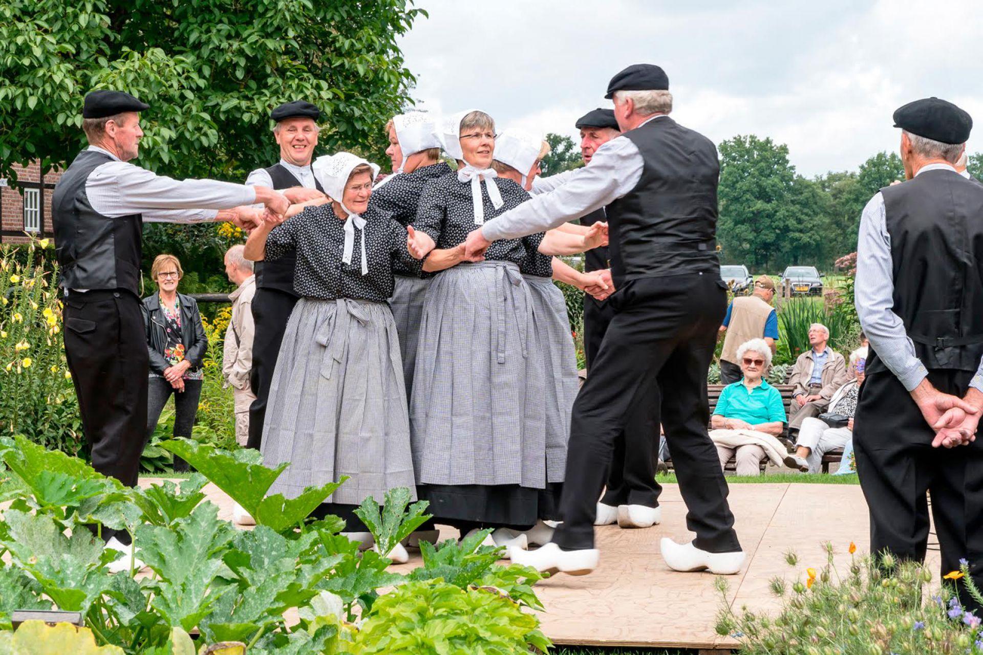 Harmonica- en Accordeon Folklore Festival Wendezoele op 19 augustus