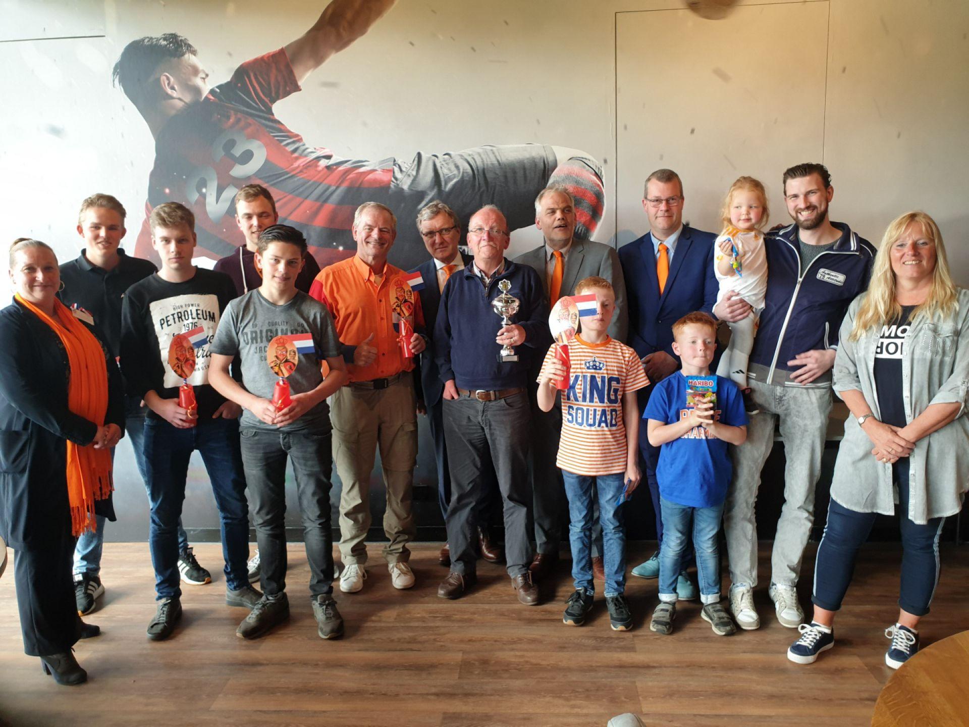 Prima sfeer tijdens Oranje Konings toernooi vv Rood Zwart