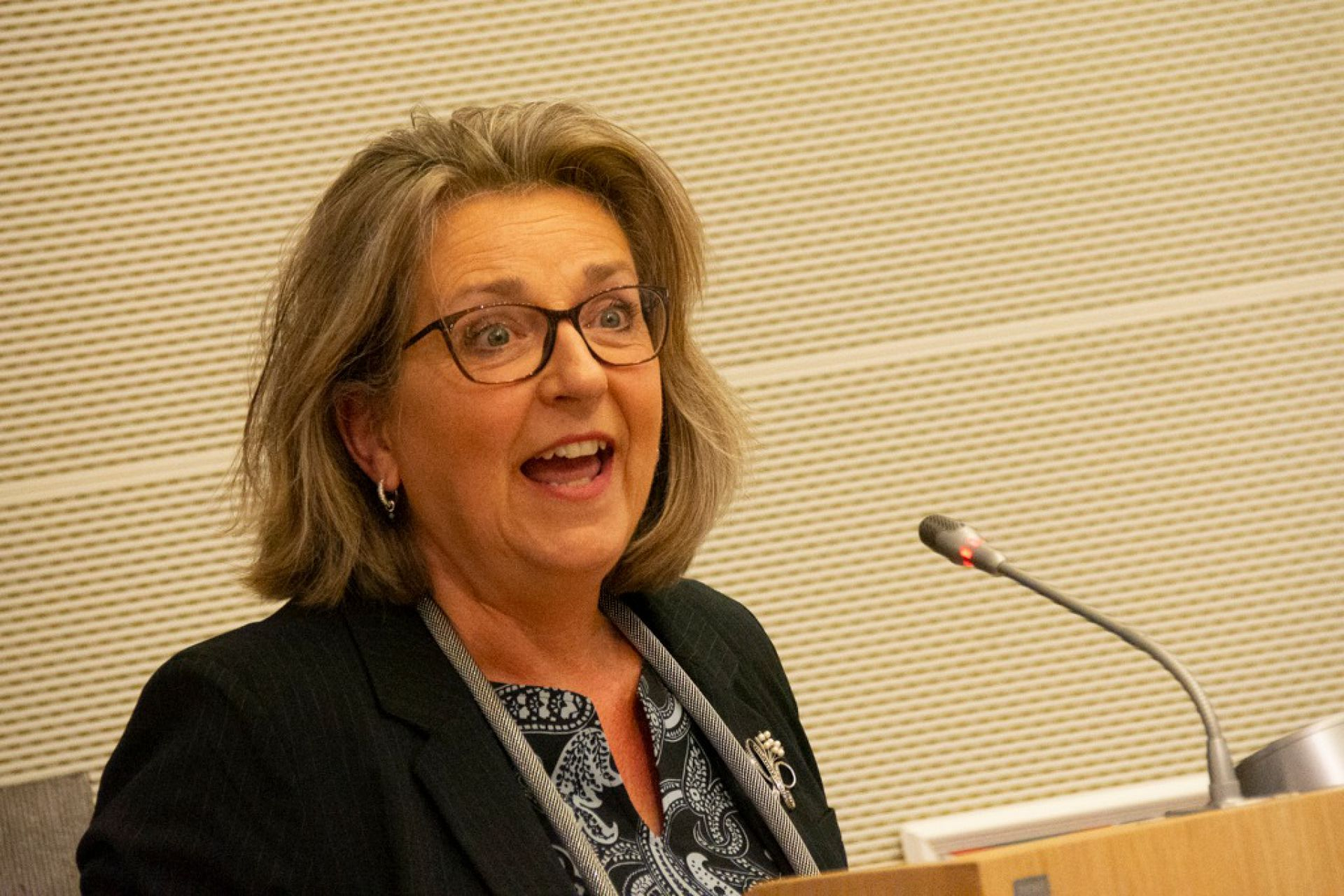Ellen Nauta ook komende zes jaar burgemeester van Hof van Twente