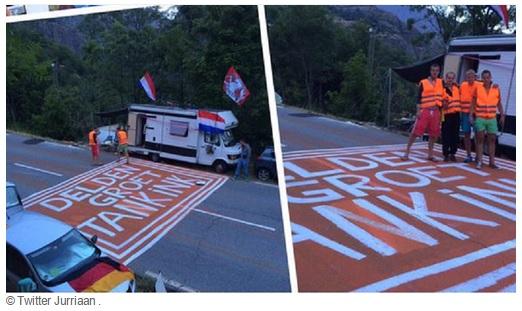 Deldenaren groeten Bram Tankink op Alpe d'Huez