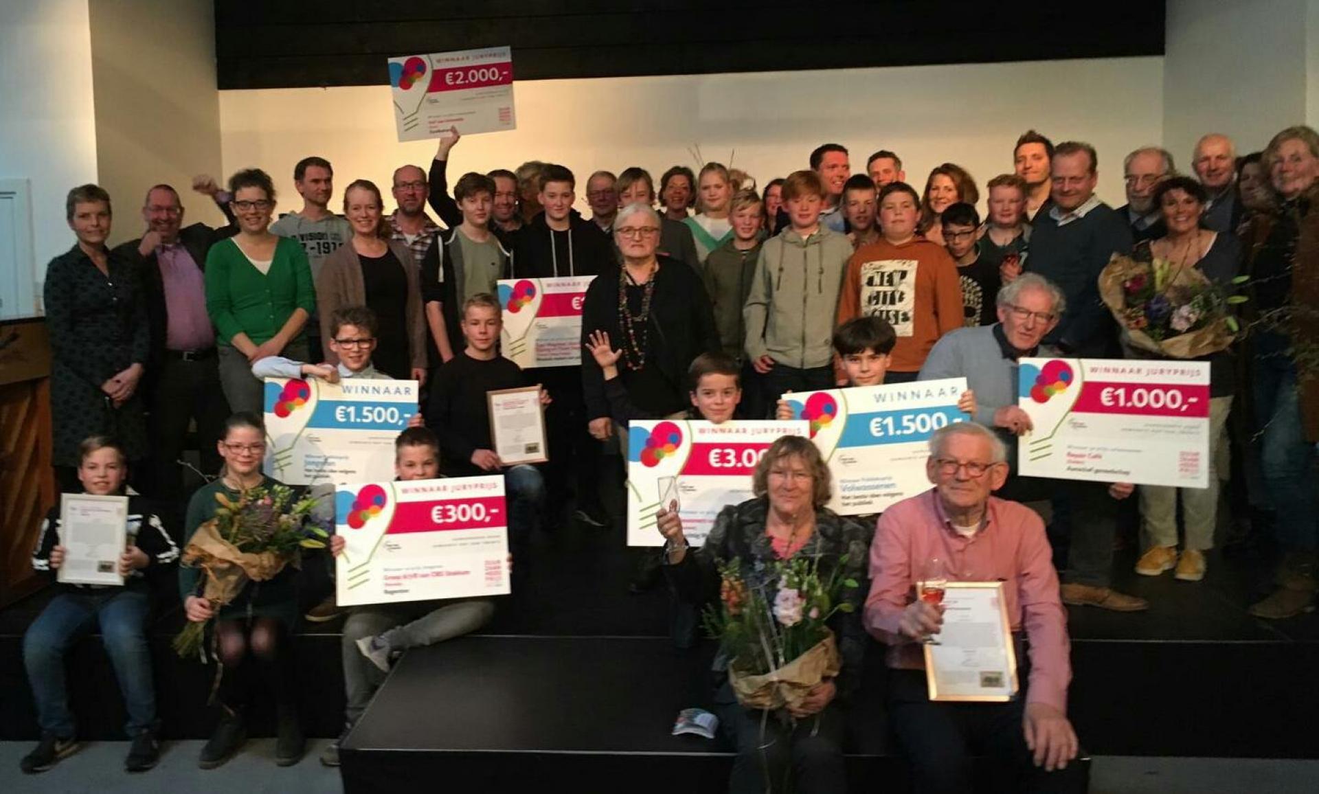 Repair Café Delden wordt derde bij verkiezing duurzaamheidsprijs