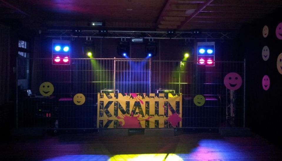 Update: Foto's harddancefeest Knall'n Delden online
