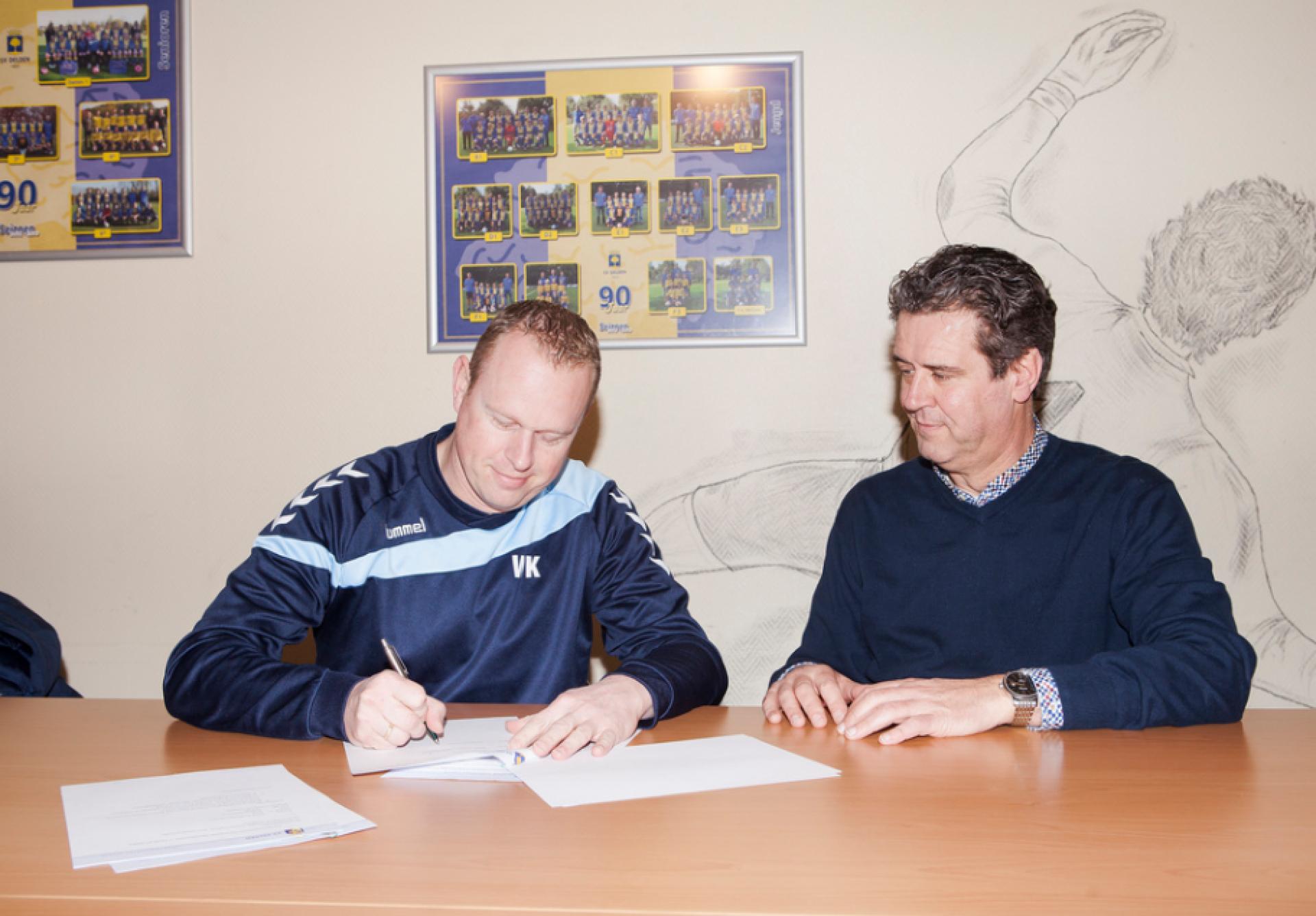 Contractverlenging Wouter Kwakkenbos bij SV Delden officieel bekrachtigd