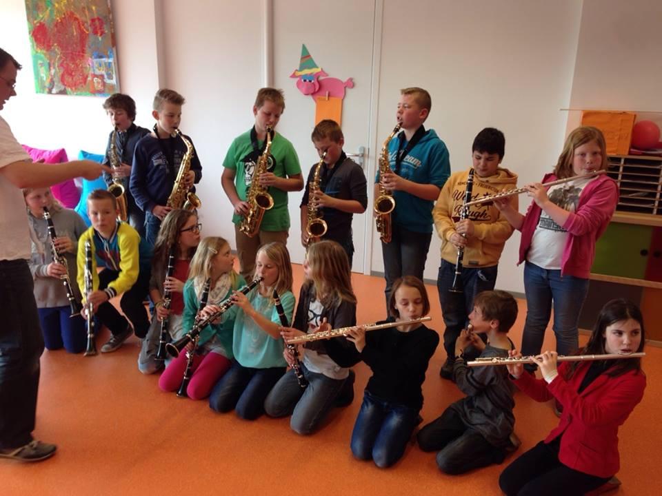 De instrumentencarrousel in Delden draait weer