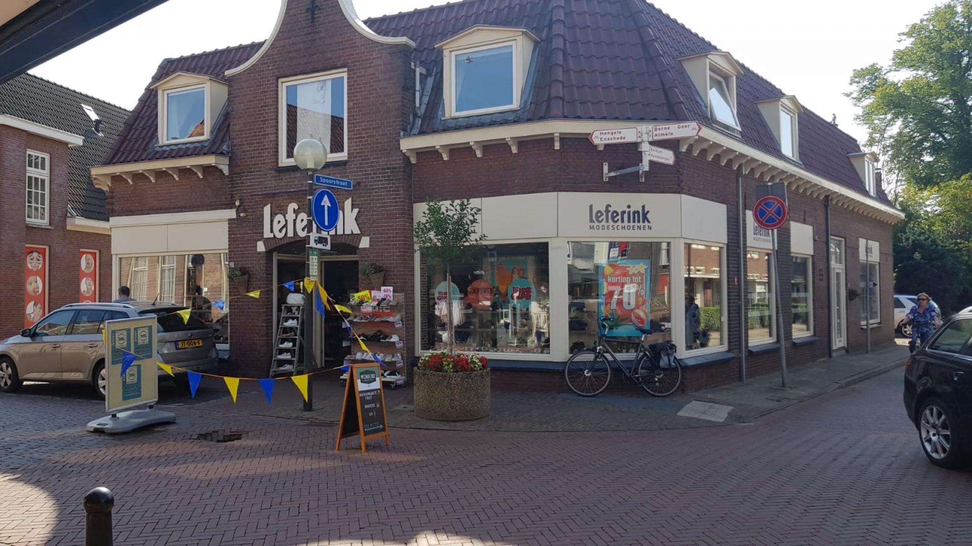 Video: 'Sinkhole' aan Langestraat in Delden