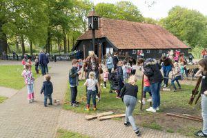 Jubileumjaar museumboerderij de Wendezoele van start met kinderspeelmiddag