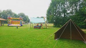 Ruim honderd kinderen bezoeken open dag Scouting Delden