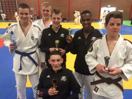 Winst in Dronten voor Deldense judoka Jesse Eenkhoorn