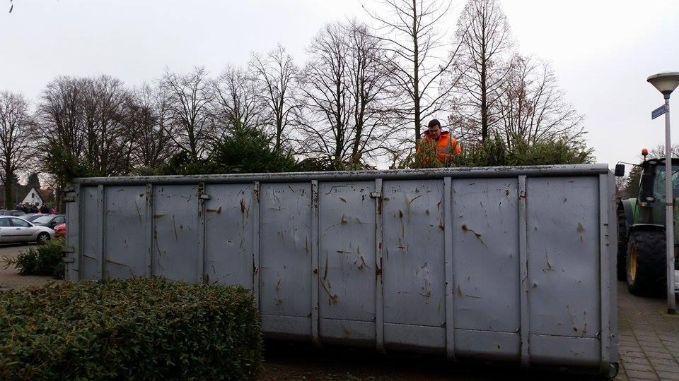 Deldense kerstbomen ingezameld op zaterdag 12 januari
